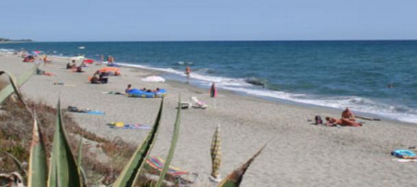 Club Corsicana nudist beach